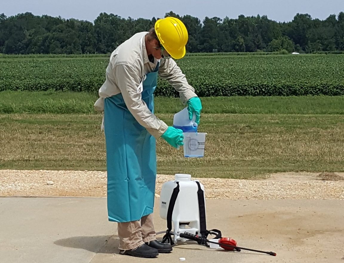 Mixing Pesticides for Backpack Sprayer