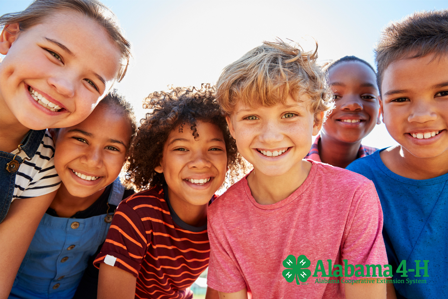 Alabama 4-H Healthy Living; group of teens smiling