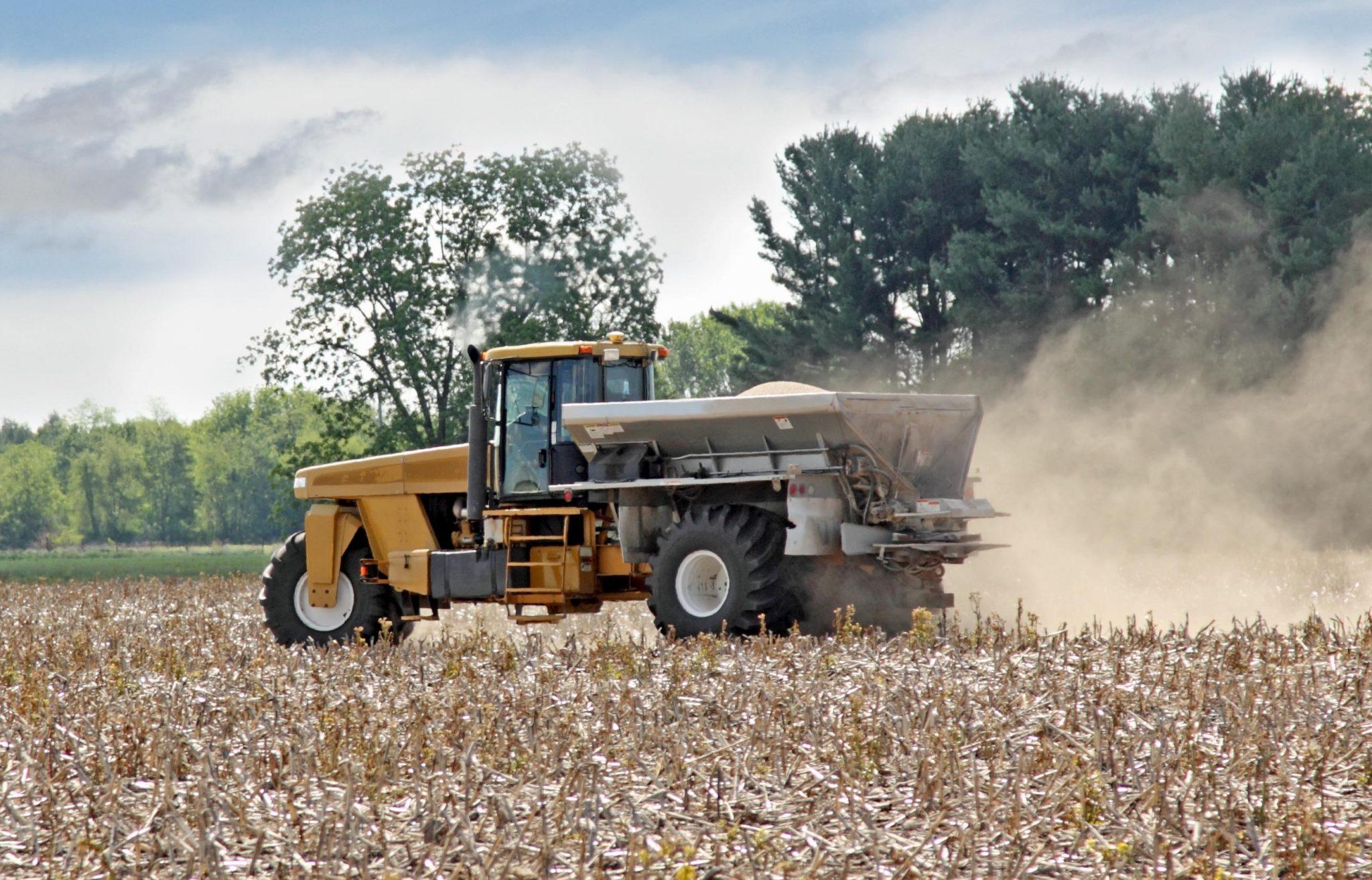 Fertilizer spreader.