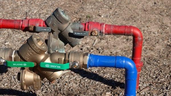 Backflow prevention valve